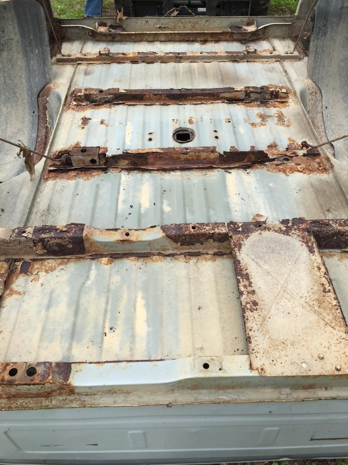 Truck Beds Crossmembers