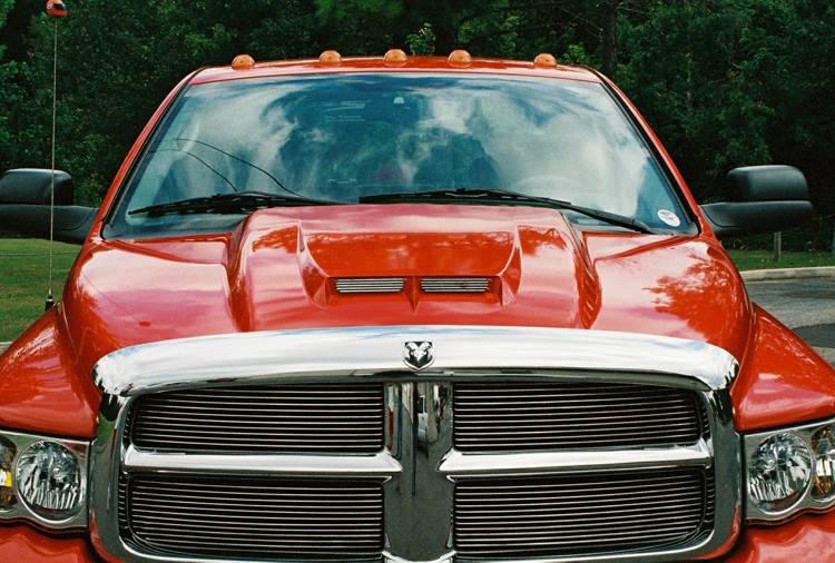 F on Dodge Ram 2500 Hood
