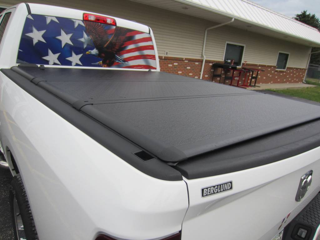 Photo Gallery 09 19 Dodge Ram American Eagle Rear Window Decal And An Extang Encore Tonneau