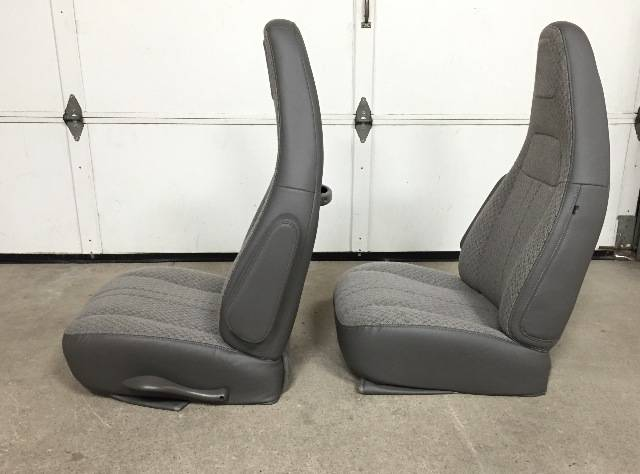 97-11,12-16 Chevy Express/GMC Savanna Van Pair LH & RH ...