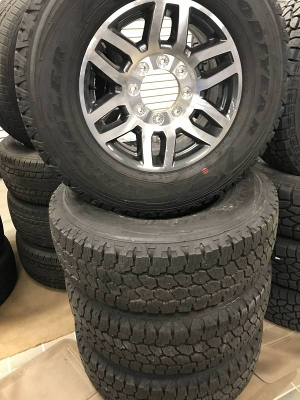 "All Terrain Tires >> 05-17 Ford F-250/F-350 Super Duty 8 Lug 18"" Aluminum ..."