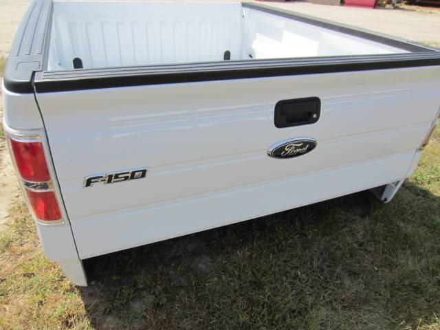 09 14 ford f 150 6 5 39 styleside white truck bed dick 39 s. Black Bedroom Furniture Sets. Home Design Ideas
