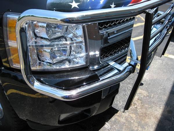 """Photo Gallery - 07-13 Chevy Silverado/GMC Sierra - 2"""" Chrome Luverne Grill Guard"""