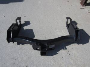 11-14 Chevy Silverado/GMC Sierra 2500/3500 8' Bed HD Trailer Hitch