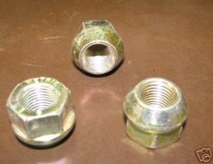 88-06 Chevy Silverado Tahoe GMC Yukon Truck/SUV Aluminum Wheel OEM Lug Nuts (Set of 24)