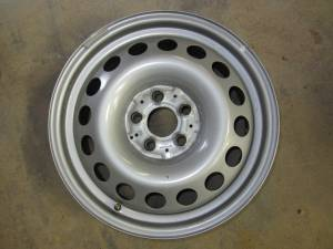 "15-16 Mercedes Benz Metris Van 17"" 5-lug Silver Steel 16 Hole Wheel"