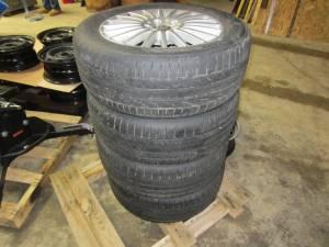 "16-17 Mercedes Benz Metris OEM 17"" Multi-Spoke Aluminum Wheels with 225/55/R17 Hankook Ventus S1 Noble Tires"