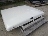 Used Truck Caps & Covers - Ford Caps and Covers - 04-08 Ford F-150 5.5ft Bed Pearl White Swiss Patriot Tonneau Lid