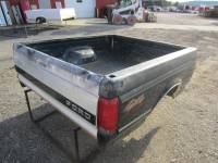 80-96 Ford F-150/F-250/F-350 Truck Beds - 6.5' Short Bed - Used 92-96 Ford F-150/F-250/F-350 Green Dual Tank 6' Short Bed