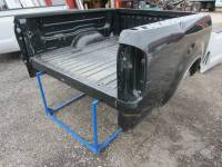 Toyota - 04-18 Toyota Tundra - Used 04-06 Toyota Tundra Crew Cab 6.4ft Green Short Truck Bed