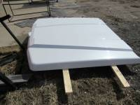 Used 15-C Ford F-150 5.5ft Bed White Platinum ARE LSX Series Tonneau Lid - Image 7