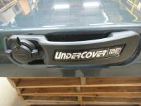 Used 15-18 Ford F-150 6.5ft Short Bed Guard Effect Metallic Undercover Elite LX Truck Lid - Image 2